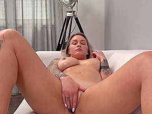 Big Ass Blonde Confessed She Fucks Anything