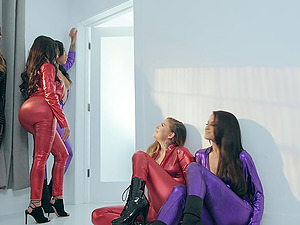 Lucky guy drills his wife Honey Gold and her best friends in HD