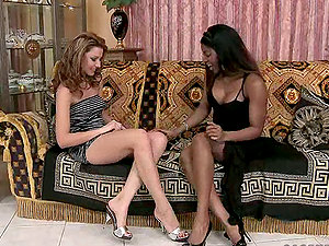 Cindy Hope and Jasmine in hot girl/girl interracial vid