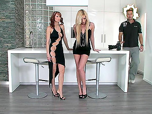 Two Hot Stunners Unclothe & Slurp Each Other