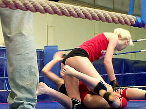 Backstage Vid Of Amazing Catfight with Blonde & Black-haired Stunners