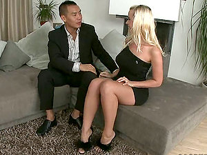 Some Blonde Whore Gets Her Vulva Fucked