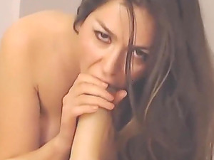Hot Italian babe squirting geyser so fucking high that she hits the sealing!