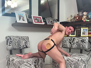 Video of a solo dude stroking his penis and poking his asshole