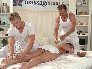 Spit roast threesome during a massage with adorable Kelly Sun