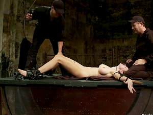 Tantalizing Romp Rain DeGrey By Drowning Her Upside Down in Water Tank Domination & submission Vid