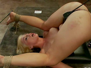Two insane hookup marionettes are making each other overwhelm