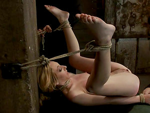 Isis Love Playthings Emma Haize's Vulva as She's Hatch Fucked and Tied Up