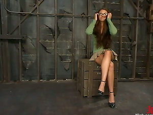 Lusty honey loves that the magic wand is belted on her gams