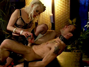Nasty Lorelei Lee Railing The Dick of the Boy She Strapon Fucked Before
