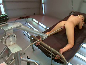Lovely Vanessa Cell gets toyed deep in a spaceship