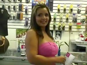 Glorious Big Titted Latina Luvs Fellatio and Gonzo Hookup