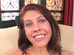 Red-haired Jaydence Rose Masturbates Before Oral job for Facial cumshot