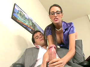 Sex-positive Kortney Kane tongues jizz and rails a dick in an office
